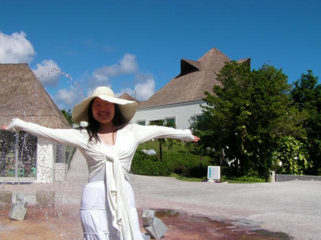 Welcome to Blue Bay Grand Esmeralda All-Inclusive Resort!